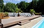 Terasa u bazénu